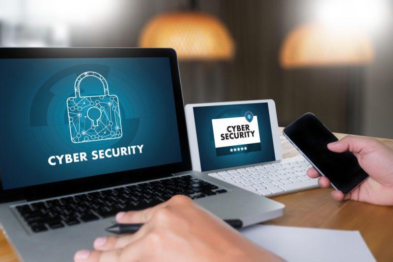 エンドポイントにおけるサイバーセキュリティ対策の重要性。企業の個人情報管理は待ったなし!